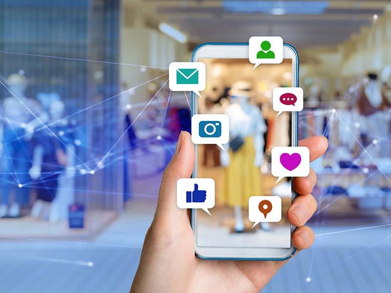 Gestion de campagne publicitaire sur les réseaux-sociaux - La Social Room