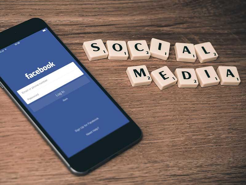 Social media - La Social Room